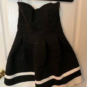 black and white strapless dress